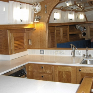 Boat-galley-in-Avian-Solid-Surface