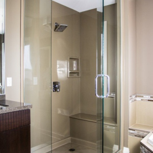 Coni-marble-neo-angle-shower-with-bench-seat